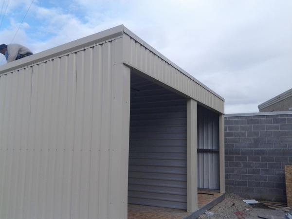Portable storage by Mako Steel
