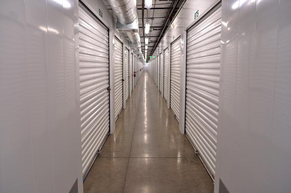 Dollar Storage interior corridor.png